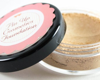 Pin Up Cosmetics Vegan Mineral Foundation in Flawless Fiona