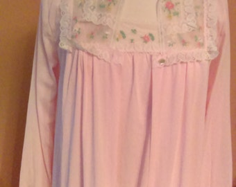 Vintage 2 Piece Night Gown With Robe from JC Penney Size Medium