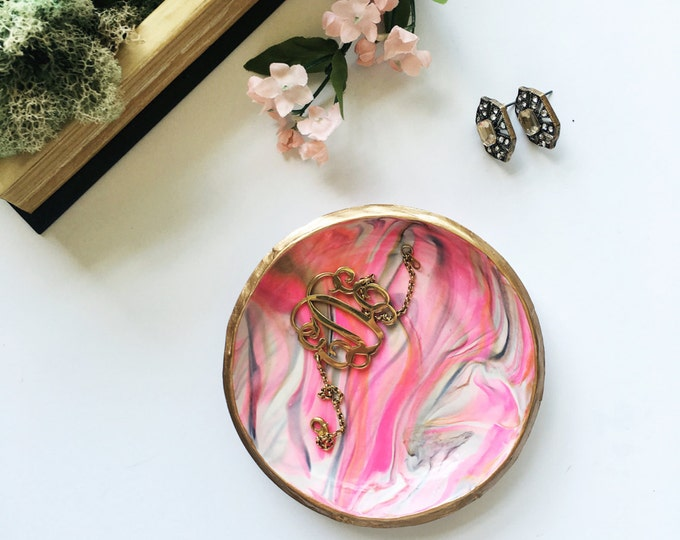 PINK & GOLD // Handmade Marbled Polymer Clay Jewelry Dish, Ring Dish, Trinket Dish