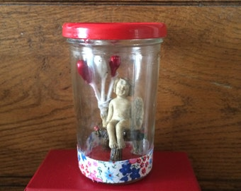Fairy with balloons, sitting on little stool, waterless, perfect little Valentine gift