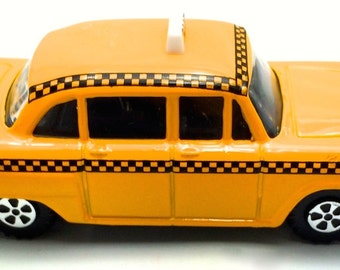 NYC taxi miniature pencil sharpener,die cast miniature,NYC taxi model,toy pencil sharpener,NYC souvenir miniature,metal taxi,taxi miniatures