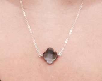 Black Mother of Pearl Clove Necklace