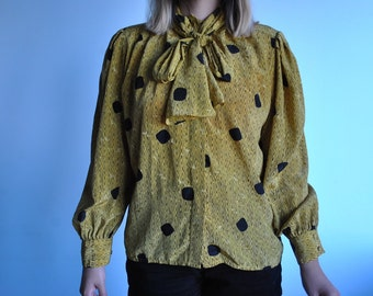 Vintage soze L yellow patterned button up
