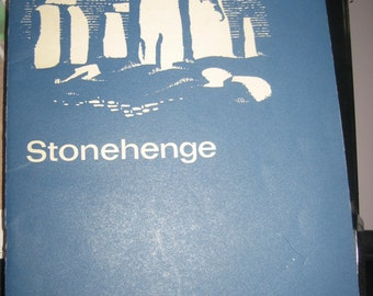 Stonehenge Official Guidebook London: Her Majesty's Stationery Office 1959