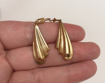 Vintage Solid 14K Gold Light Swirl Design Dangle Earrings