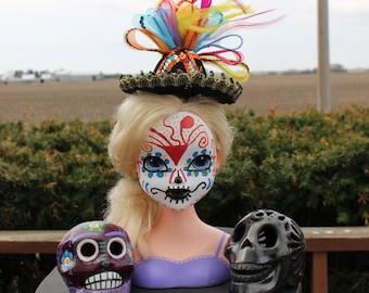 """Sugar Skull Día de los Muertos Doll """"Cierra"""""""
