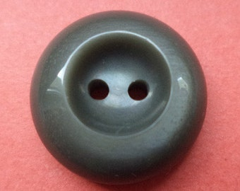 12 dark grey buttons 18mm (2225) button