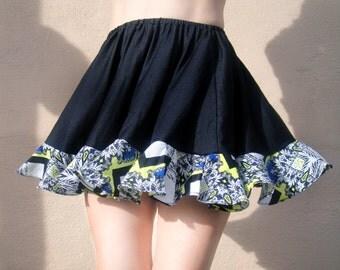 Black Mini Skirt with motley ruffle. Ameynra design. Size S