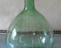 Lady Jeanne VIRESA 5.5 l green glass; french vintage