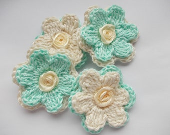 4 crochet flowers with satin roses, cream / mint
