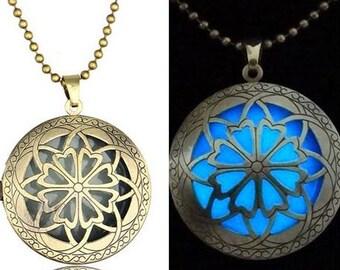 Pendant Medallion Fluo blue