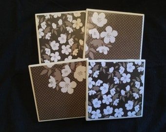 Brown/White Flower Coasters (set of 4)