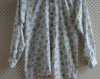 1960's White and Blue Tiny Flower Light Cotton Long Sleeve Shirt, Mod, Mad Men, Floral
