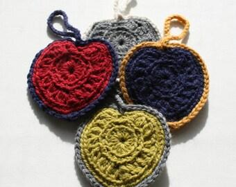 Set 4 hearts to hang