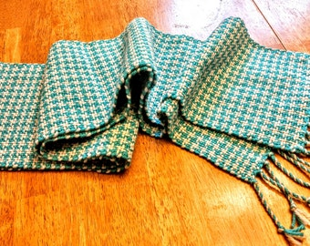 Baby Hound's Tooth Hand Woven Wool Scarf