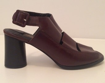 Vintage 80s Enzo Angiolini | Brown Leather Peep-Toe Shoes | w/ Chunky Stacked Round Heel | Sz 7.5