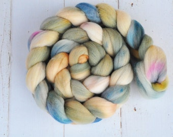 Hand Dyed Merino Top Wool Roving - Hand Painted - Spinning - Felting - Shoreline - 4.1 Ounces