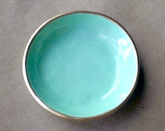 Ceramic MINT GREEN  Ring Bowl edged in gold 3 3/4 inches round