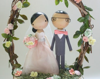 custom wood slab cake topper with twiggy arch