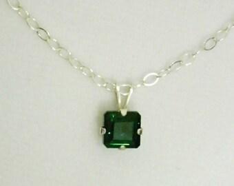 7mm Princess Cut Green Amethyst Gemstone in 925 Sterling Silver Pendant Necklace