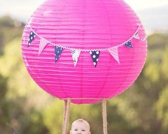 Girls Balloon Outfit- Girls Birthday Outfit- Girls Hot Air Balloon- Girls Ruffle Shorts- Girl Diaper Cover- Baby  Birthday Party- Ruffle Bum