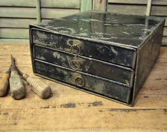 Free Shipping  Unusual Industrial metal cabinet with 3 drawers Label says  Clipper Cabinet The Handiest File on Earth