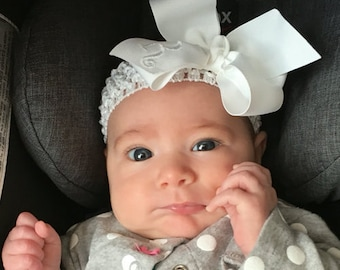 Monogrammed White Hair Bow, Custom Boutique Bow,  Baby hair bow, Toddler Hairbow, Baptism Gift, Baby headband, Classic Hairbows, Formal Bow