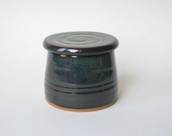 French Butter Dish in Stoneware