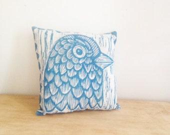 Throw Pillow, Bird Throw Pillow, Novelty Decorative Pillow, Bird Head Hand Printed Decorative Linen Pillow, Home Decor