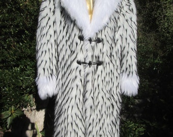 Long White Faux FUR Men's COAT with black spikes