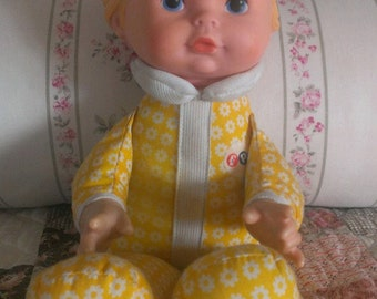 Vintage Fisher Price 1975 Lap Sitter Unisex Honey Doll