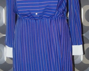 Blue vintage dress with red and white stripes