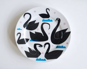 Black swans, waves and dots plate