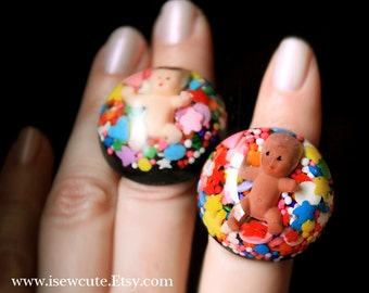 Funny Gift for New Mom, Big Candy Baby Resin Sprinkles Ring Novelty Gift for Her, Gag Gift for Mom, Funny Baby New Mom Push Present