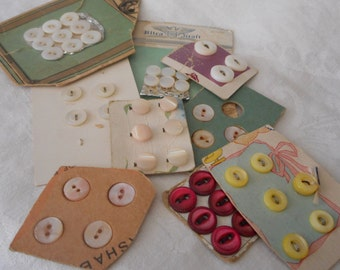 Lot Sets of VINTAGE Tiny Baby Doll Carded Shell Sewing Craft BUTTONS W04