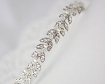 Simple Headbands Crystal Leaf Tiara Silver Wedding Wreath Delicate Crystal Bridal Crown Bridal Headpiece Wedding Hair Accessory NEVE SIMPLE