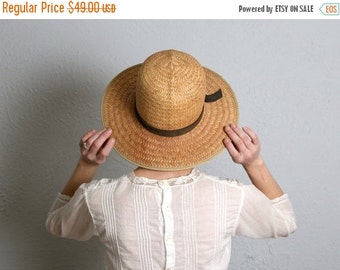 ON SALE Vintage Straw Sun Hat