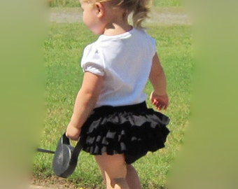 Classic Style Black Diaper Cover Sassy Pants Ruffled Diaper Cover Bloomers with Bow