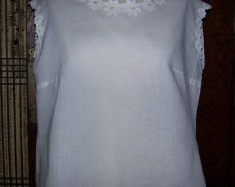 Vintage Retro Linen Blouse Embroidery Daisies Boho Wearable Large