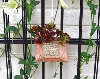Pink Vase Ornament Hanging Ceramic Planter Small Pocket Pouch Decor for Air Plants Indoor Planter for Office