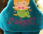 Mermaid Kids Hooded bath towel. Personalized Hooded bath towel. beach towel. baby shower. baby/toddler/child bath towel
