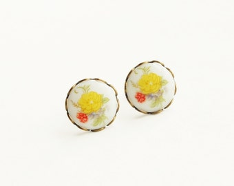 Small Yellow Floral Cameo Earrings Rose Studs Vintage Yellow Rose Studs Hypoallergenic Jewelry Victorian Flower
