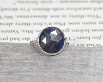 Rose Cut Sapphire Ring, Round Sapphire Over 5ct, Bi Color Sapphire In Yale Blue & Russet