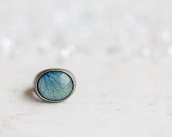 Sky blue statement ring - Blue Hydrangea petal - Oval cocktail ring - Bloom Collection by beautyspot  (R079)