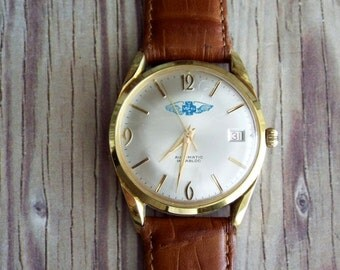 Vintage Swiss Automatic Vipol Wrist Watch by avintageobsession on etsy