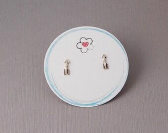 Sterling silver arrow post earrings / Tiny arrow earrings