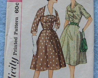 Vintage 50s/60 sewing pattern Simplicity 3552 Misses DRESS with detachable COLLAR   sz 14 B34