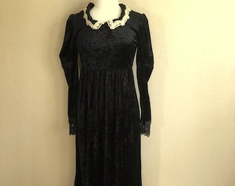 Vintage 90s BLACK CRUSHED VELVET Victorian Dress / Two In One Lace Gown / Rampage Womens Size Medium Large / Victorian Costume