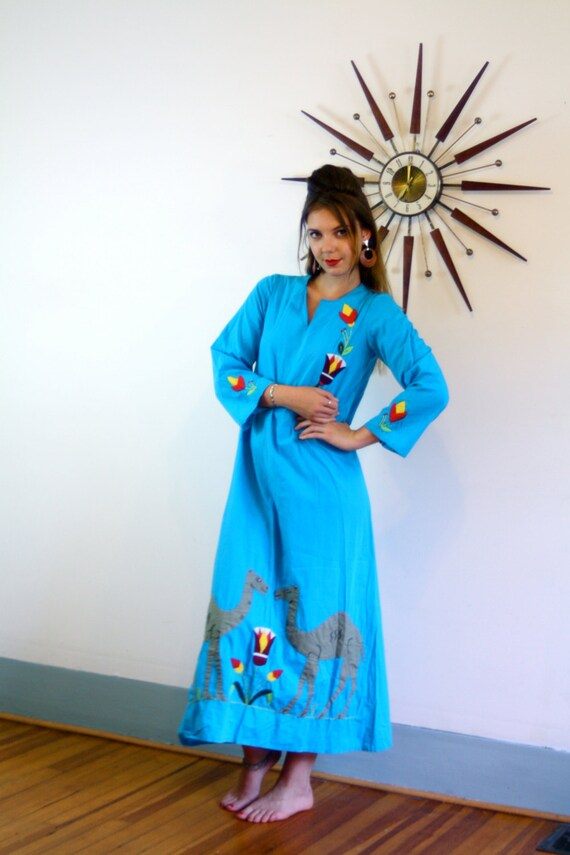 Vintage Blue Cotton Camel Kaftan Egypt Cover Up Folk Art Mu Mu Applique Stitched Ethnic Hippie Festival Dress Turquoise 70s Indian Caftan