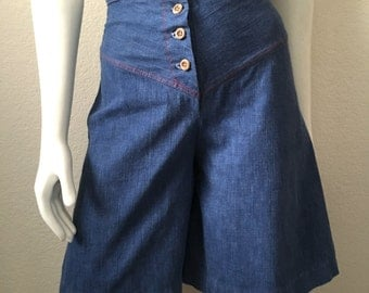 Vintage Women's 70's Culotte Shorts, High Waisted, Denim by Suntogs and Girl Stuff (XS)